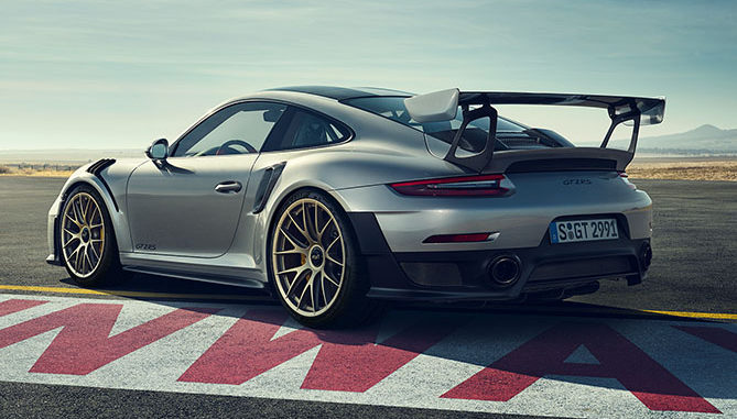 The new Porsche 911 GT2 RS will be fitted with the Dunlop Sport Maxx Race 2