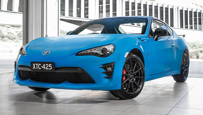 New Apollo Blue colour coincides with sale of 20,000th Toyota 86