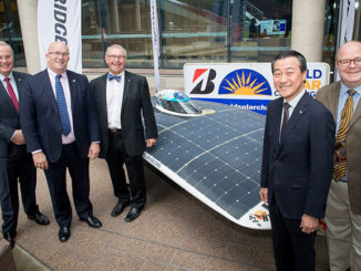 Andrew Moffatt, (Managing Director, Bridgestone Australia and New Zealand), the Hon David Ridgeway MLC, Chris Selwood AM (Bridgestone World Solar Challenge Event Director), Mr Ken Oyama (Director of Brand Strategy and Communications Division, Bridgestone Corporation) and Rodney Harrex (Chief Executive, South Australian Tourism Commission)